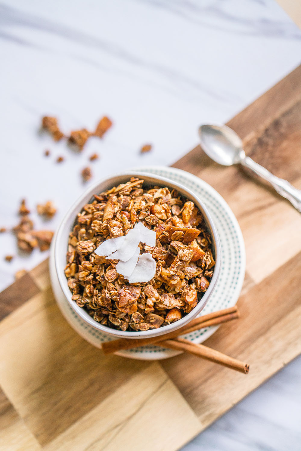 This healthy homemade granola is full of natural nuts and grains that are tasty and good for you!